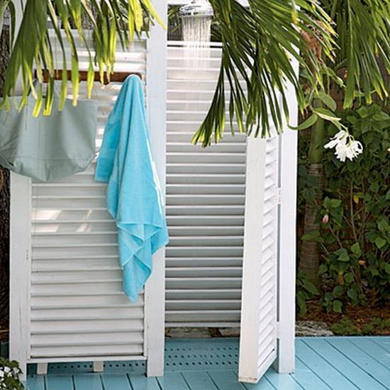 33 Design Ideas For Wooden And Metal Outdoor Shower Enclosures