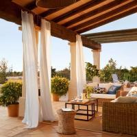 Classic Patio Ideas in Mediterranean Style