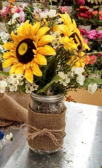 25 Creative Floral Designs with Sunflowers Sunny Summer Table Decoration Ideas