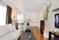 Home Staging Tips and Interior Design Ideas for Narrow ...