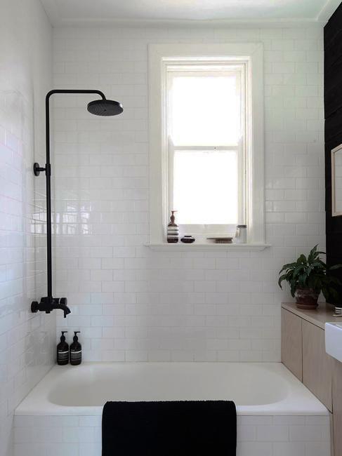 6 Design Trends Creating Modern Bathroom Interiors in
