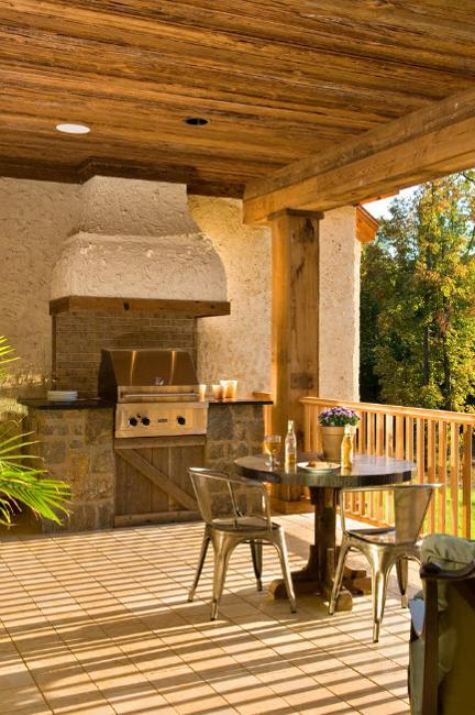 Modern Outdoor Kitchen Designs With Beautiful Dining Areas