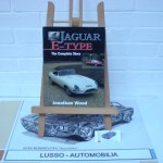 Jaguar E-Type: The Complete Story by Wood, Jonathan. Softcover. Language English. Price euro 20,00