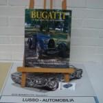 Bugatti : Le Pur Sang: Le Pur-Sang Des Automobiles (Foulis Motoring Book). Harcover. Language English. Price euro 155,00