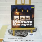Ultimate Garages by Berg, Phil. Hardcover. Language English. Price euro 15,00