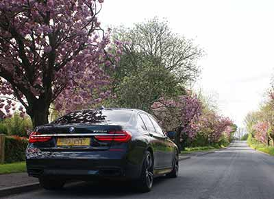Lusso Executive Chauffeur Driven Travel, Serving Yorkshire, Lincolnshire and Beyond.