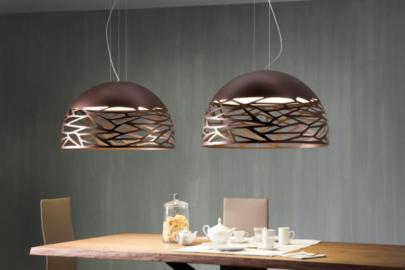 D'acqua la colla vinilica all'interno del barattolo; Lampadari Moderni Come Distribuire La Luce In Casa