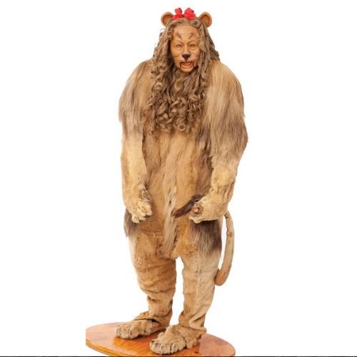 Carnavale 2012 allasta la maschera da Leone del Mago di Oz  Lussuosissimo