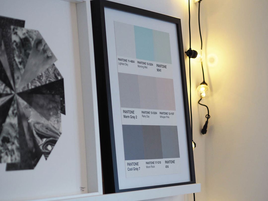 DIY - Pantone Wall Art