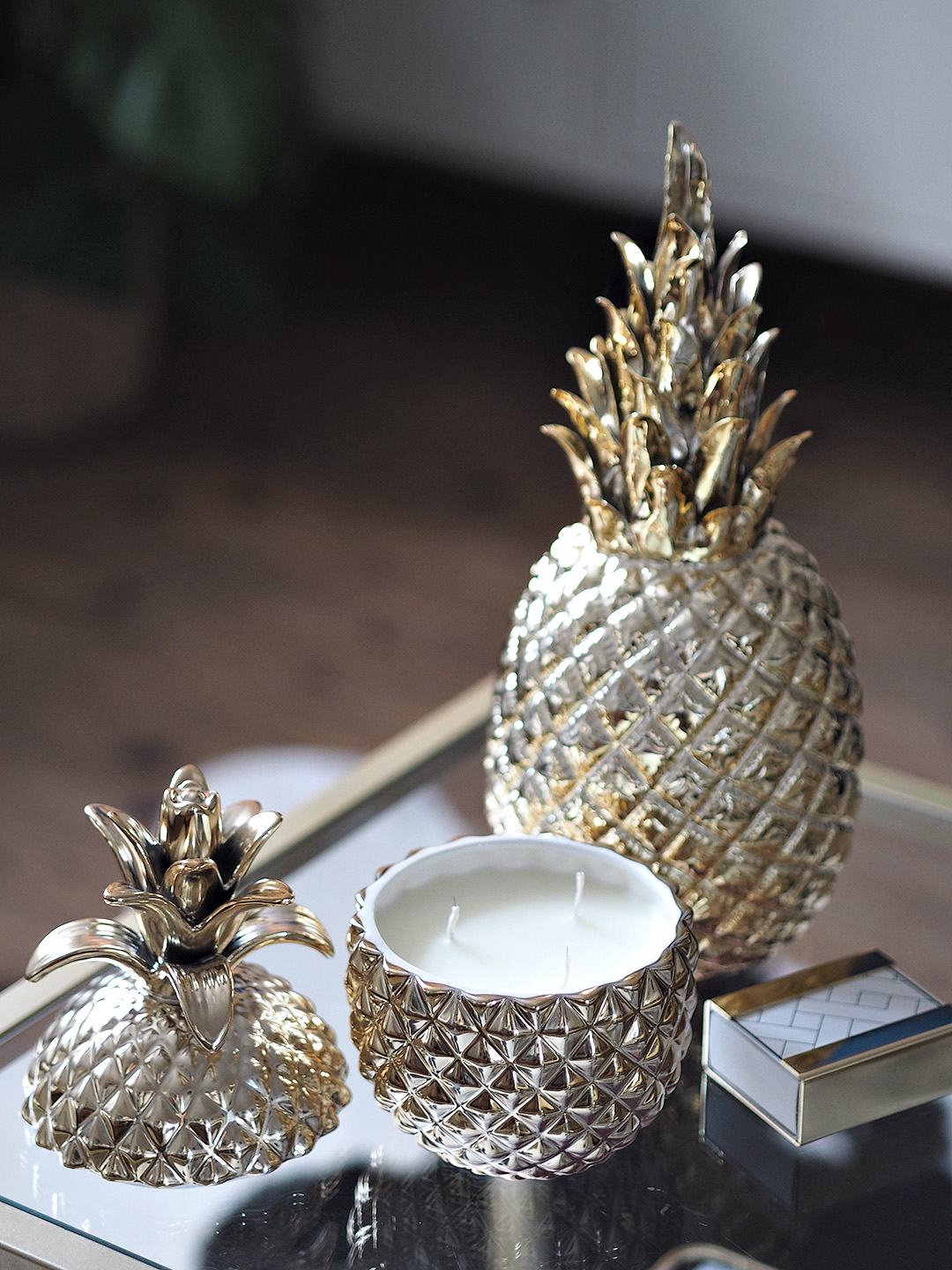 pineapple candle