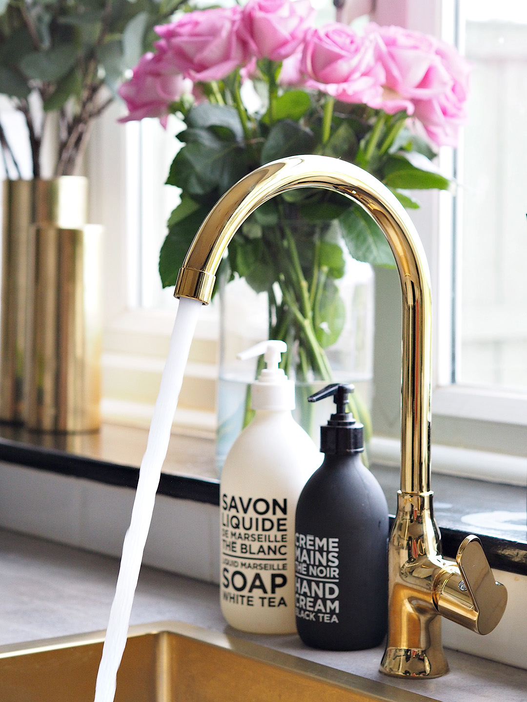 Gold Kitchen Sink & Tap