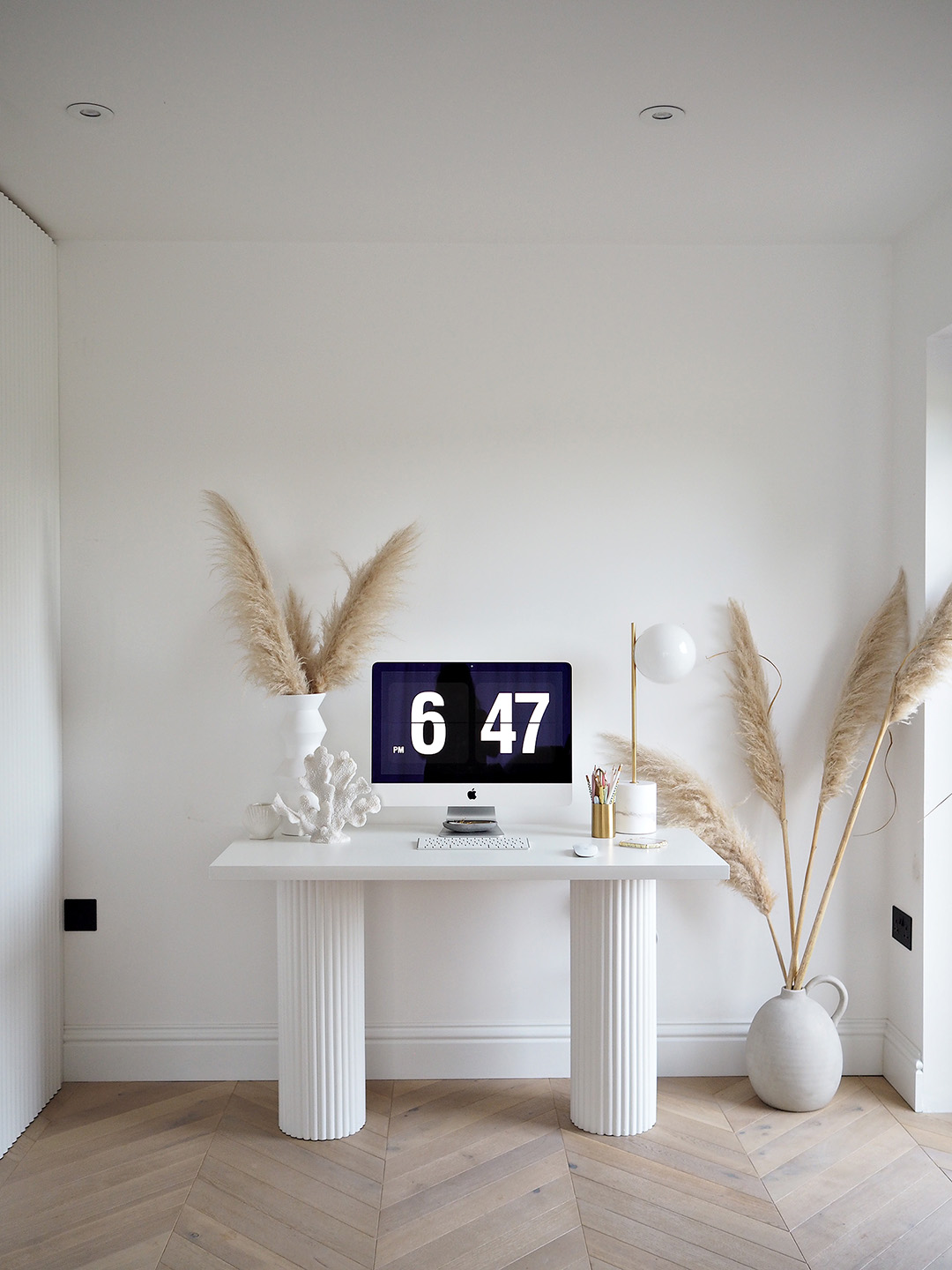 DIY Fluted Ribbed Desk