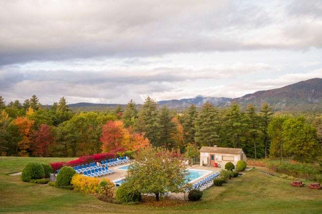 Swimmingpool At Fall