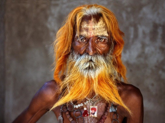 Un uomo anziano della tribù Rabari, Rajasthan, 2010  An elderly man from the Rabari tribe, Rajasthan, India, 2010 image © steve mccurry