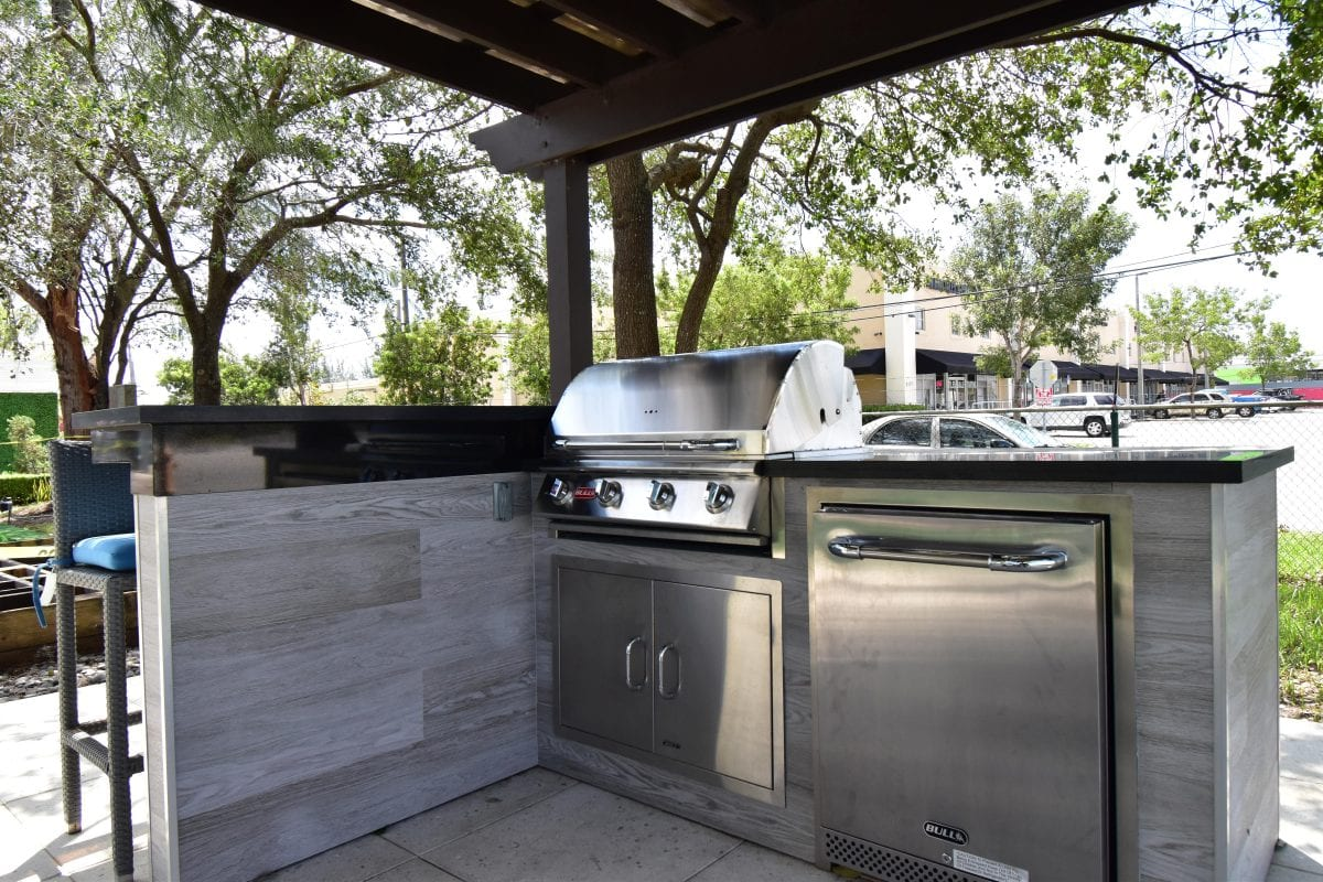 bull outdoor kitchen who makes the best cabinets specials and promotions luxapatio
