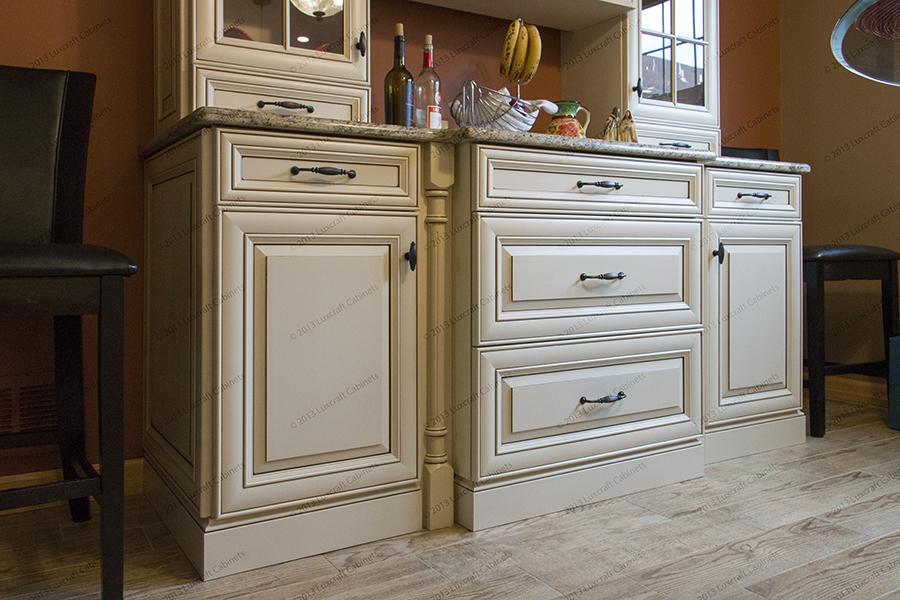 Miter Raised  Luxcraft Cabinets