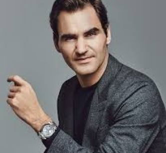 tennis champ roger Federer wearing a Rolex watch