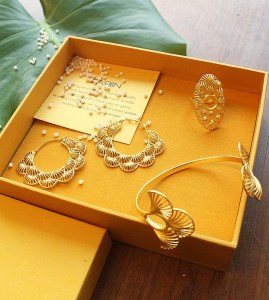 gold-plated jewellery Diwali gift