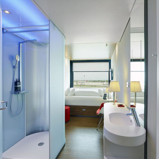 Affordable Luxury for All at the Citizen M in Paris 5