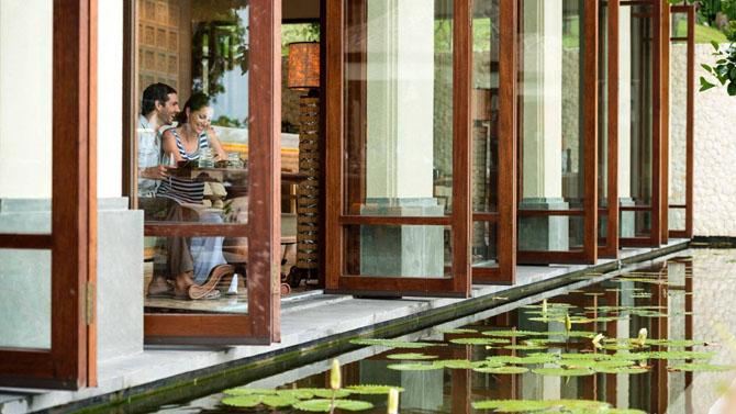 Catching the Perfect Wave with Luxury Surf Resorts Four Seasons Jimbaran Bay Bali 4