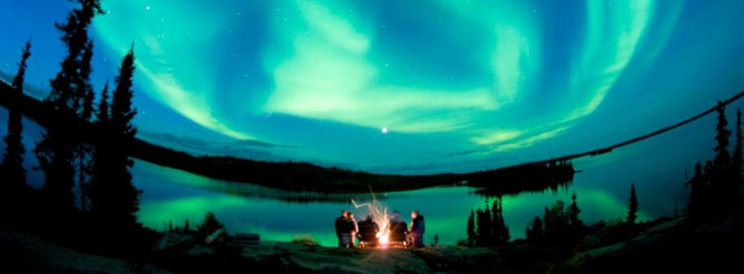 Dreamy Experiences beneath the Northern Lights 6
