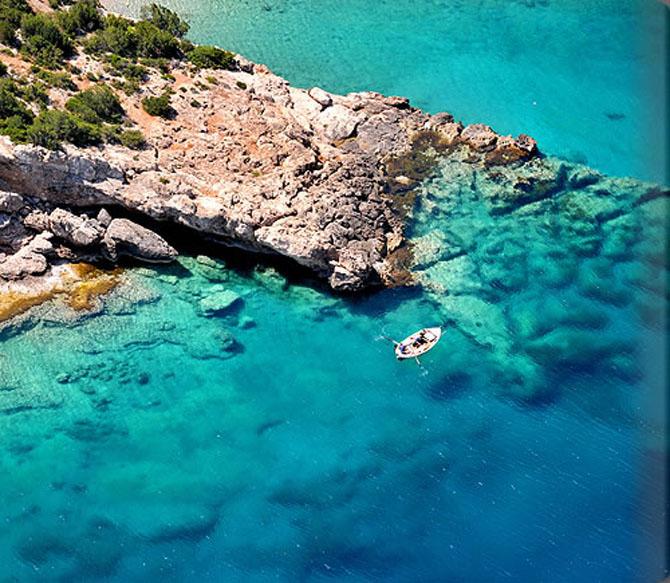 Five of the Best Luxury Resorts in Greece Amanzoe 2