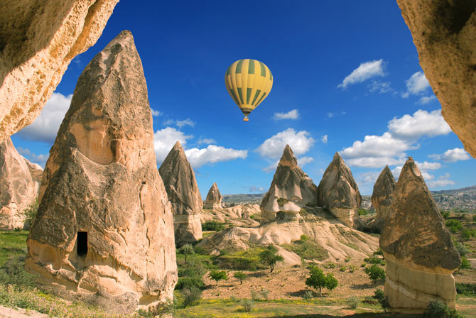 Glorious Hot Air Balloon Rides to Take Just Once 1