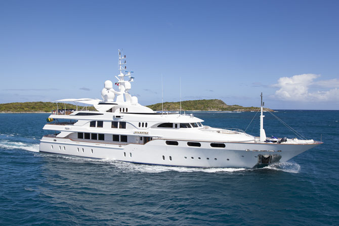 Top 7 Sailing Superyachts to Charter This Winter MYStarfire 1