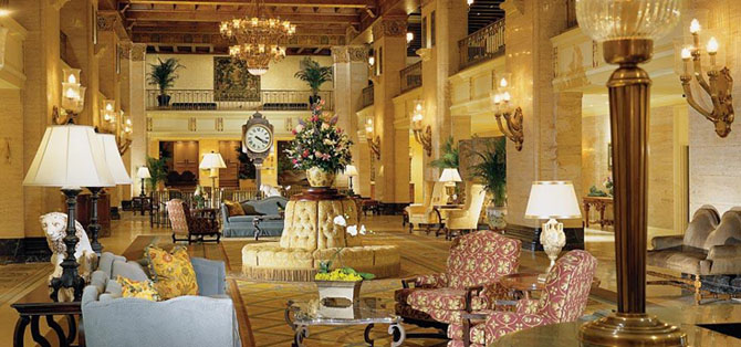 Where to Stay in Toronto The Fairmont Royal York 2