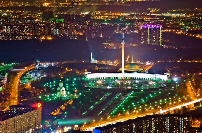 An Exclusive Tour of Moscow at Night 5