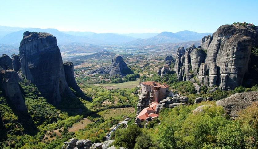Hike the Meteora in Greece 2