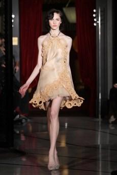 01-Robe Courte Crochet DANY ATRACHE PE 2012