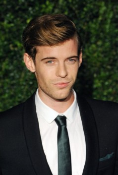 harry treadaway at the 58th london evening standard theatre awards in association with burberry