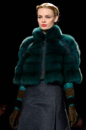 Carolina Herrera Fall Winter 2013-12