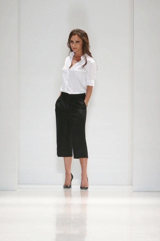 Victoria-Beckham-lors-de-son-defile-printemps-ete-2014-a-la-fashion-week-de-New-York-le-8-septembre-2013