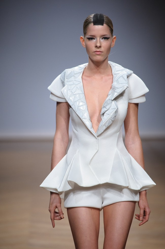 05Collection Couture on aura tout vu Spring Summer 2014 by Yassen Samouilov & Livia Stoianova (42)