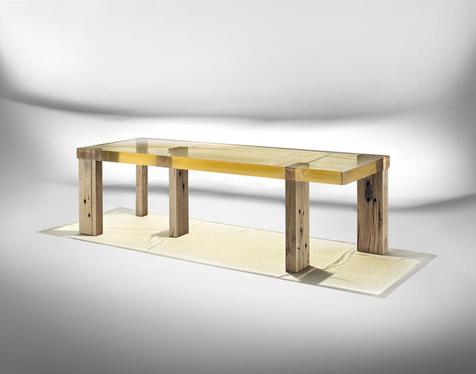 Nucleo_Wood Fossil Table_Ammann_1a