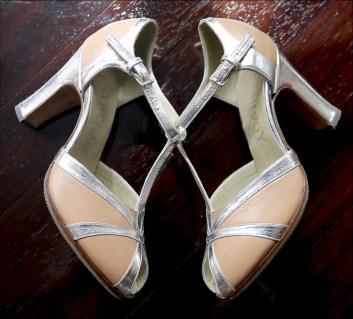Sandales chair