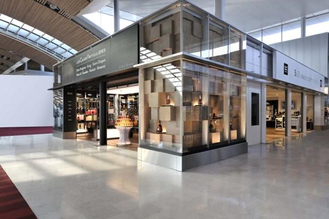 Boutique MH vue extérieure côté Hennessy_by Heloise Peyre BD