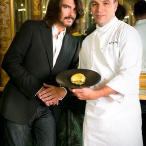 Le Café de la Paix et Stephane Rolland présentent le Pebble Cake