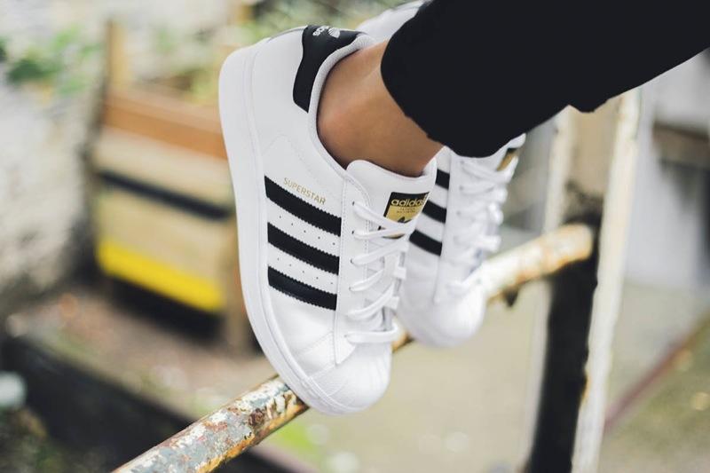 La Adidas Originals Superstars habille le BHV Marais Luxsure
