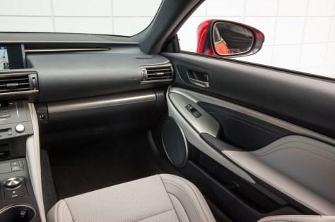 Lexus_RC_F_INT_21