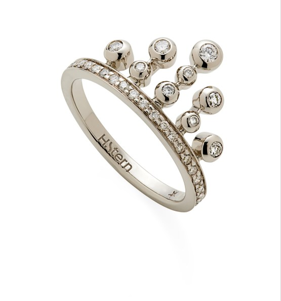 Bague Queen en or noble et diamants PM 1500Ôé¼