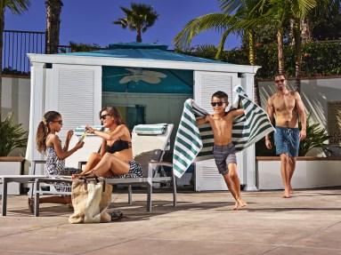 Pool Cabana - Family