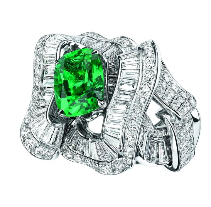 BAGUE NOUÉ ÉMERAUDE JCAD93041 750/1000e or blanc, diamants et émeraude