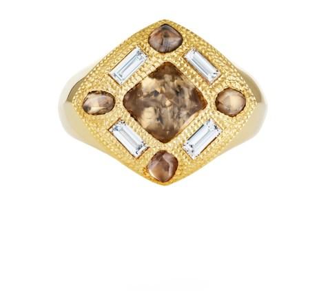 8 J1DT91Z00Y_TALISMAN CORE SIGNET RING YELLOW GOLD_V3.tif