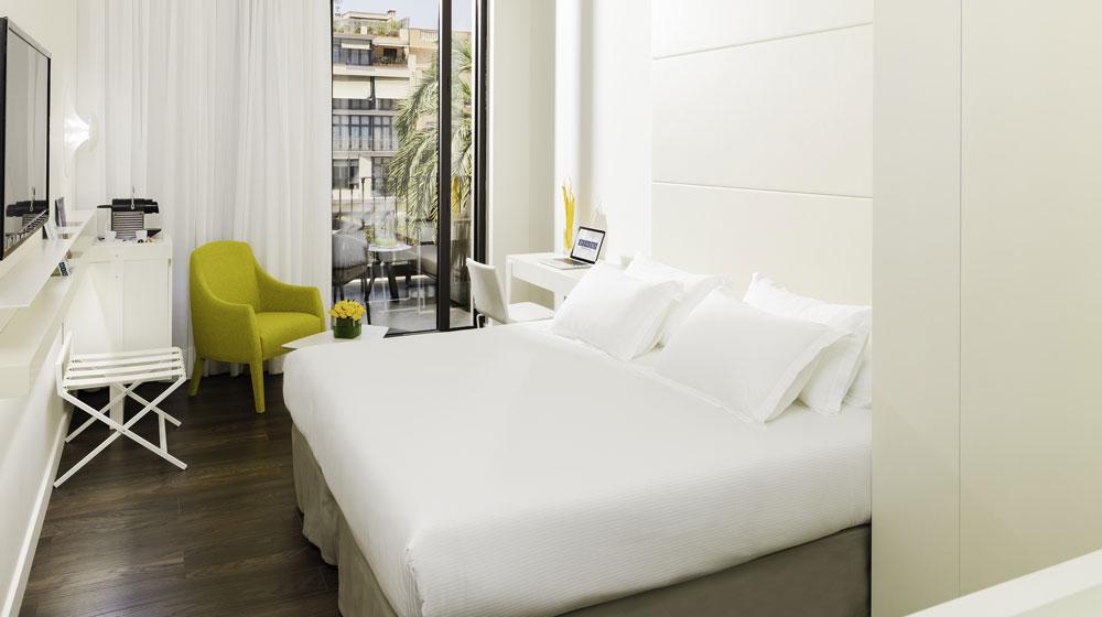 barcelona-hotel-h10-urquinaona-plaza-349890_1000_560