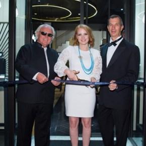 Jessica Chastain rayonnante à l'ouverture de la première boutique Piaget en Italie