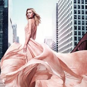 Elie Saab présente son nouveau parfum Rose Couture