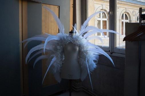 Backstage ON AURA TOUT VU couture photos by emmanuel sarnin